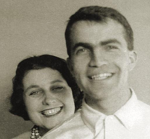 Asım Orhan Barut, Eşi Pierette ile. Montreal, 1956